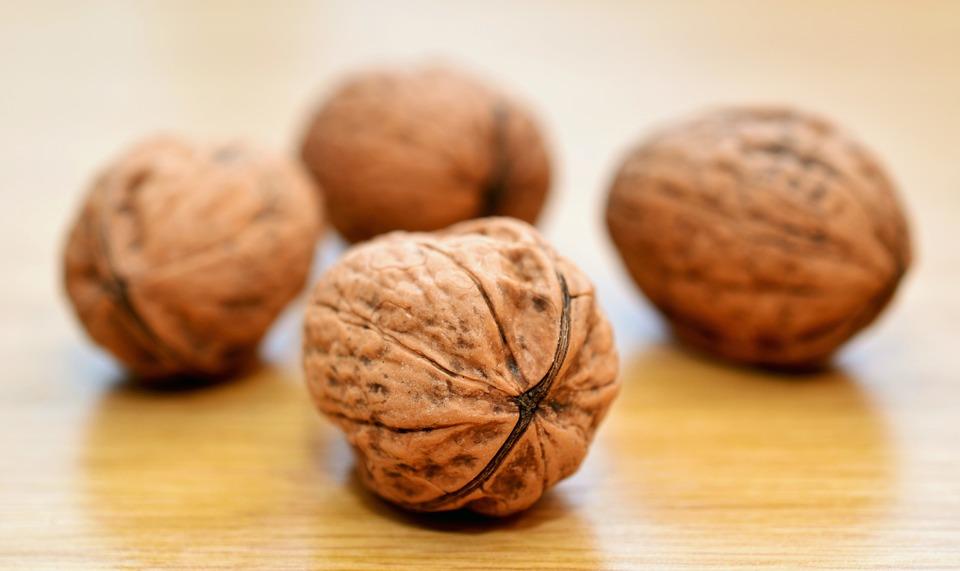 ПРОГНОЗ: Урожай волоського горіха очікується в межах 110-120 тисяч тонн