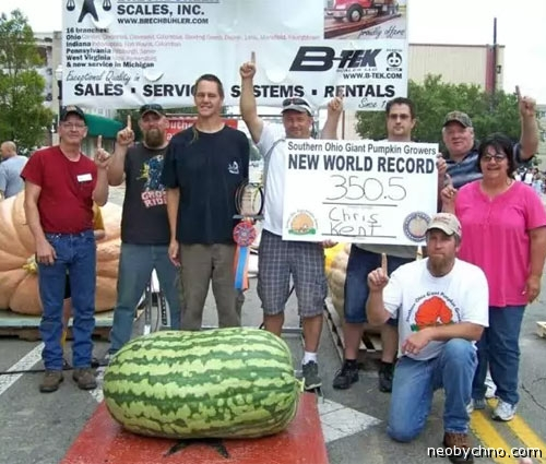Попкорн (общество, политика) - Том L - Страница 64 Watermelon-world-record