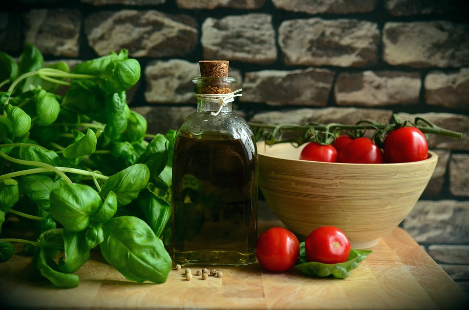 Невисокий попит знижує ціни на імпортні помідори